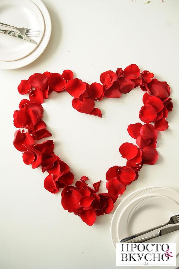 Украшения из лепестков роз